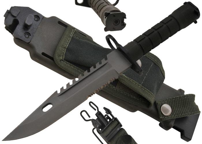 Сам он очень сильно напоминает штык-нож к самозарядной винтовке Токарева СВ