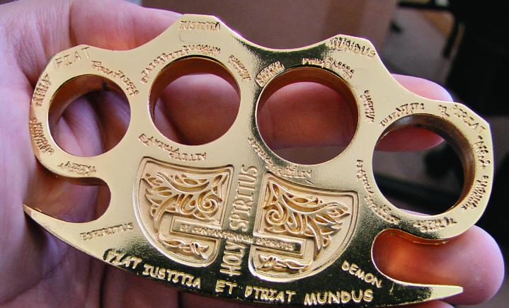 Constantine Brass Knuckles, Gold